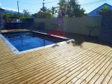 Deck en Pin de 60m2  Etang Sale II